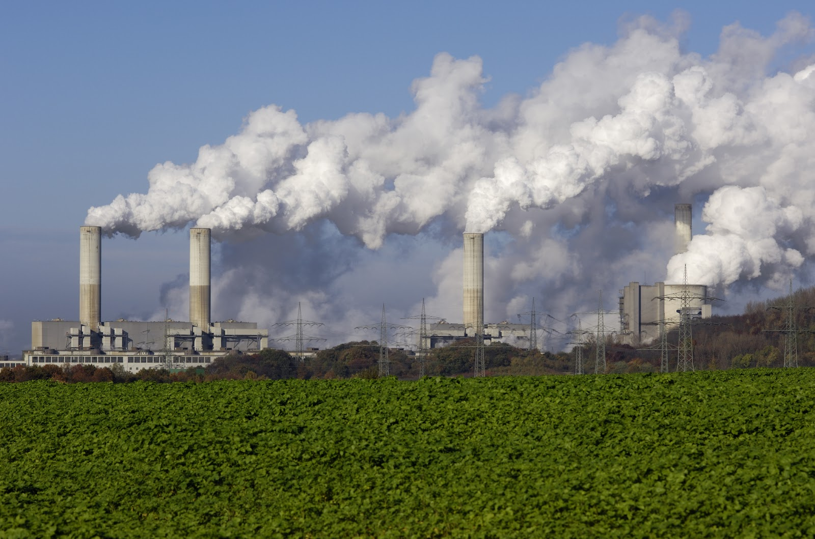 smoke stacks dumping pollution into the air.jpg
